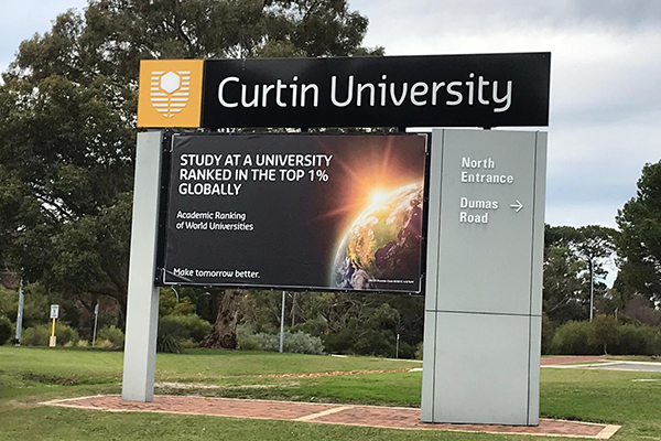Curtin University kedar edge vinyl banner reskins at Perth